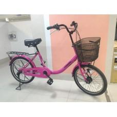 จักรยาน แม่บ้าน ทรงสวย ขนาดกะทัดรัด ไฟดุม LED ระบบออโต้วงล้อ20 เกียร Nexas 3 สปีด เฟรมเหล็กสีชมพู ขาตั้งคู่มั่นคง รถสวย สภาพดี น่าใช้ ราคา 5